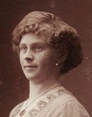 Farmors mamma f.1888 i svartvitt